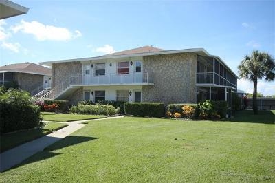 Tarpon Village Apts Condo/Townhouse For Sale: 330 Kon Tiki Dr #C6
