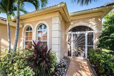 Naples Single Family Home For Sale: 8247 Laurel Lakes Way