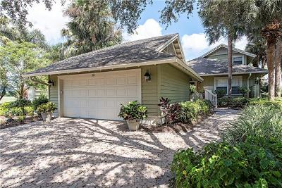 Naples Single Family Home For Sale: 28 SW Golf Cottage Dr
