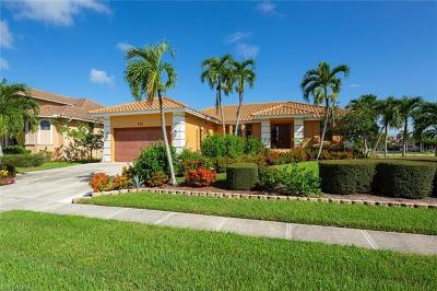 Marco Island Single Family Home For Sale: 756 Milan Ct