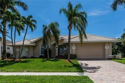Marco Island Single Family Home For Sale: 941 Ironwood Ct