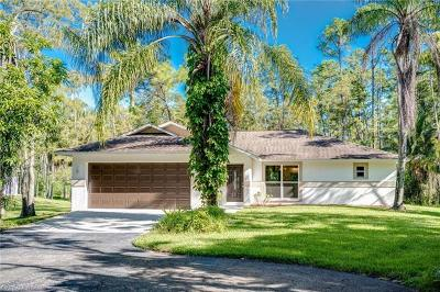 Naples Single Family Home For Sale: 5141 Coral Wood Dr