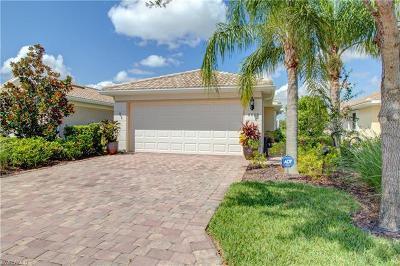 Naples Single Family Home For Sale: 8699 Genova Ct