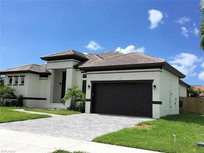 Marco Island Single Family Home For Sale: 118 Bermuda Rd