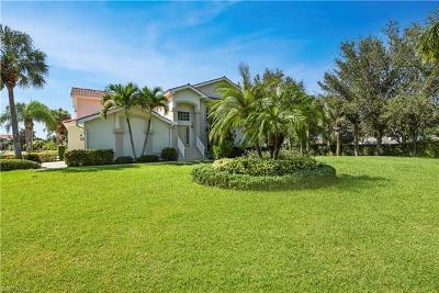 Fort Myers Condo/Townhouse For Sale: 15131 Royal Windsor Ln #2001