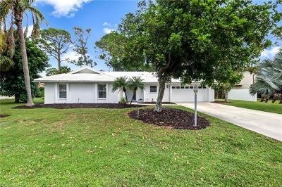 Bonita Springs Single Family Home For Sale: 11194 San Sebastian Ln