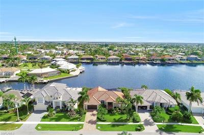 Marco Island Single Family Home For Sale: 337 Capistrano Ct