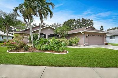 Fort Myers Single Family Home For Sale: 7516 Woodland Bend Cir