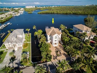 Bonita Springs Single Family Home For Sale: 27693 Bay Point Ln