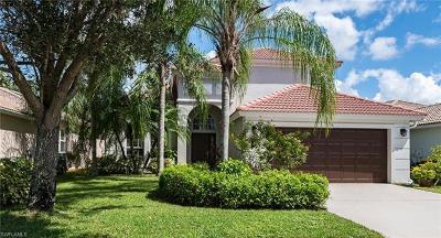 Naples Single Family Home For Sale: 8338 Laurel Lakes Blvd