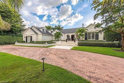 Naples Single Family Home For Sale: 2700 Treasure Ln