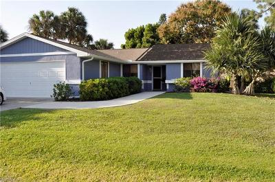 Naples Single Family Home For Sale: 2313 Outrigger Ln