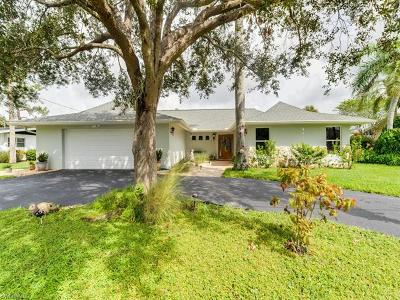 Naples Single Family Home For Sale: 161 Viking Way