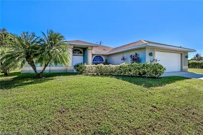 Cape Coral Single Family Home For Sale: 1910 SW 36th Ter