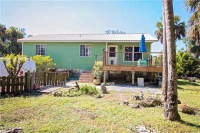 Golden Gate Estates Single Family Home For Sale: 2045 S Desoto Blvd