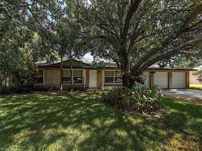 Marco Island, Naples Single Family Home For Sale: 1550 Nautilus Rd