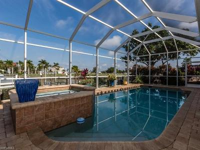 Marco Island Single Family Home For Sale: 918 S Joy Cir