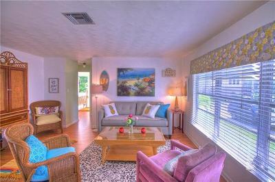 Bonita Springs Single Family Home For Sale: 26461 Hickory Blvd