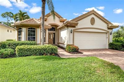 Naples Single Family Home For Sale: 5847 Persimmon Way