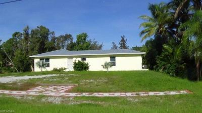Bonita Springs Single Family Home For Sale: 28320 Meadowlark Ln