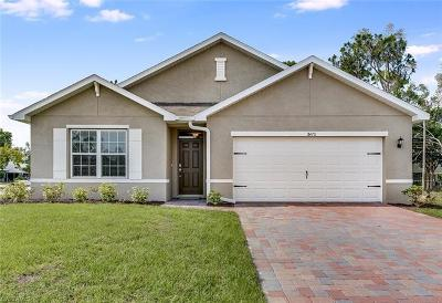 Fort Myers Single Family Home For Sale: 8470 Wren Rd