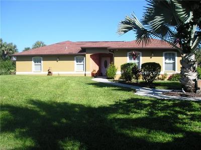 Golden Gate Estates Single Family Home For Sale: 2781 White Blvd