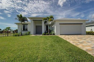 Cape Coral Single Family Home For Sale: 4330 SW 19th Ave