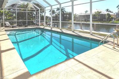 Marco Island Single Family Home For Sale: 90 Lamplighter Dr