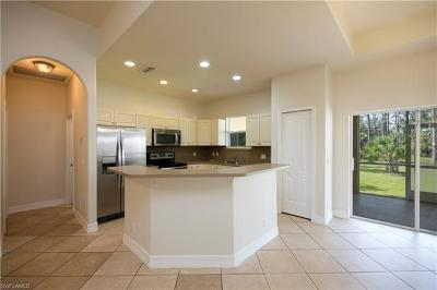 Naples Single Family Home For Sale: 2681 S Desoto Blvd