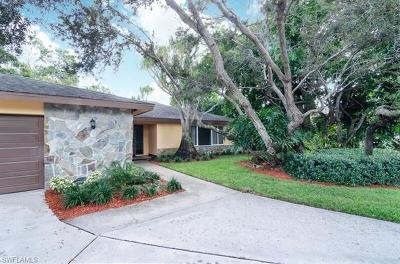 Single Family Home For Sale: 696 Regatta Ct