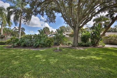 Naples Single Family Home For Sale: 338 N Edgemere Way #36