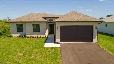 Naples Single Family Home For Sale: 635 NW 41st Ave