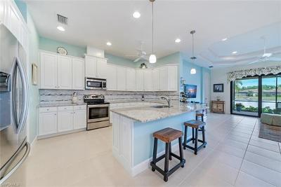 Bonita Springs Single Family Home For Sale: 9124 Isla Bella Cir