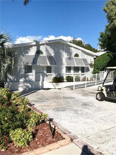 Naples Single Family Home For Sale: 1056 Diamond Lake Cir