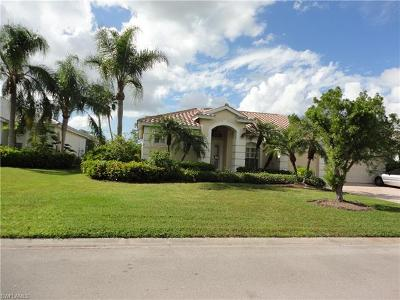 Single Family Home For Sale: 7715 Naples Heritage Dr