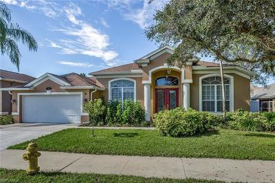 Naples Single Family Home For Sale: 151 Skipping Stone Ln