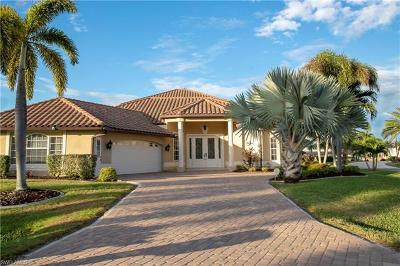Cape Coral Single Family Home For Sale: 1931 SE 32nd Ter