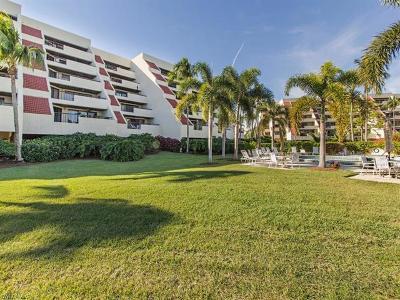 Naples Condo/Townhouse For Sale: 6300 Pelican Bay Blvd #A-102