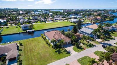 Bonita Springs Single Family Home For Sale: 4843 Esplanade St