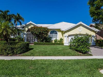 Marco Island Single Family Home For Sale: 362 Capistrano Ct
