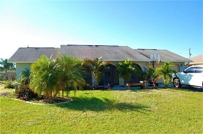 Cape Coral Single Family Home For Sale: 1414 NE 10th Ter
