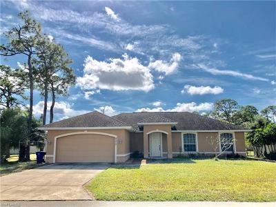 Bonita Springs Single Family Home For Sale: 9270 Carolina St