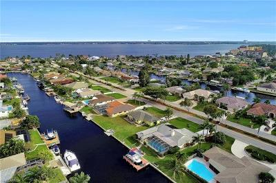 Cape Coral Single Family Home For Sale: 1919 Savona Pky