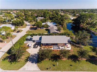Bonita Springs Single Family Home For Sale: 820 West Ave
