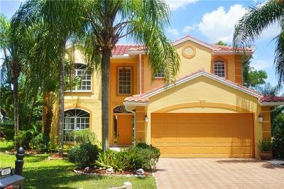 Bonita Springs Single Family Home For Sale: 8811 Springwood Ct
