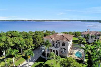 Marco Island Single Family Home For Sale: 631 Inlet Dr