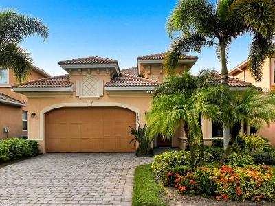 Naples Single Family Home For Sale: 1466 Serrano Cir