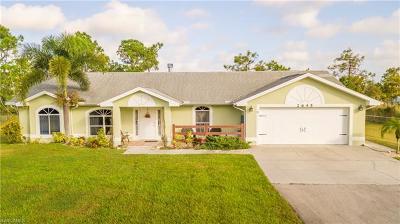 Naples Single Family Home For Sale: 2645 NE 39th Ave