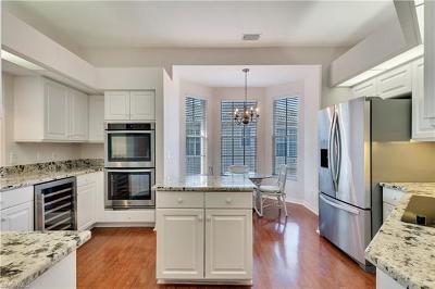Naples FL Condo/Townhouse For Sale: $580,000