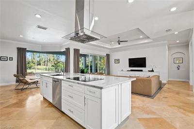 Naples Single Family Home For Sale: 6147 Spanish Oaks Ln